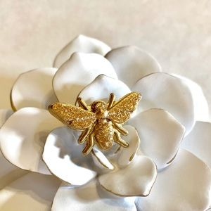 Honeybee Pin Gold Glittered Acrylic Resin
